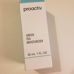 NWT Proactiv Green Tea Moisturizer - 1 oz.